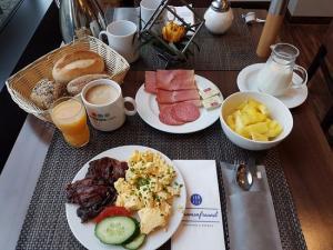 - Breakefast Club Das kreative Sonntagsfrühstück -